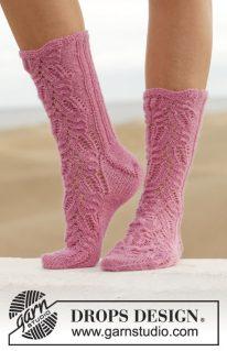 DROPS 154-30 - Носки: Think Pink