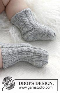 DROPS baby 21-35 - Носочки вязаные резинкой